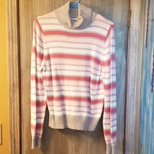 Croft&Barrow womens grey, white and pink sweater